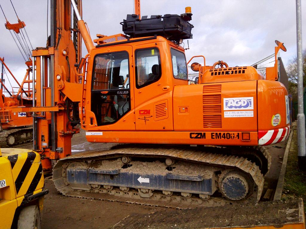 Used CZM EM400H pile driver for sale