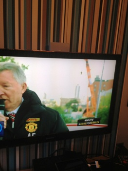 Fergie endorses AGD on TV for supplying good quality telescopic crawler cranes on hire at Old Trafford!