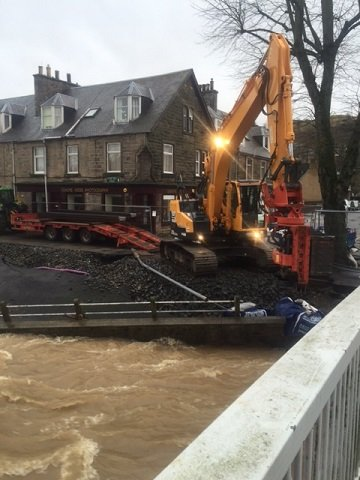 Movax SG45 side grip vibro on hire for emergency flood repairs