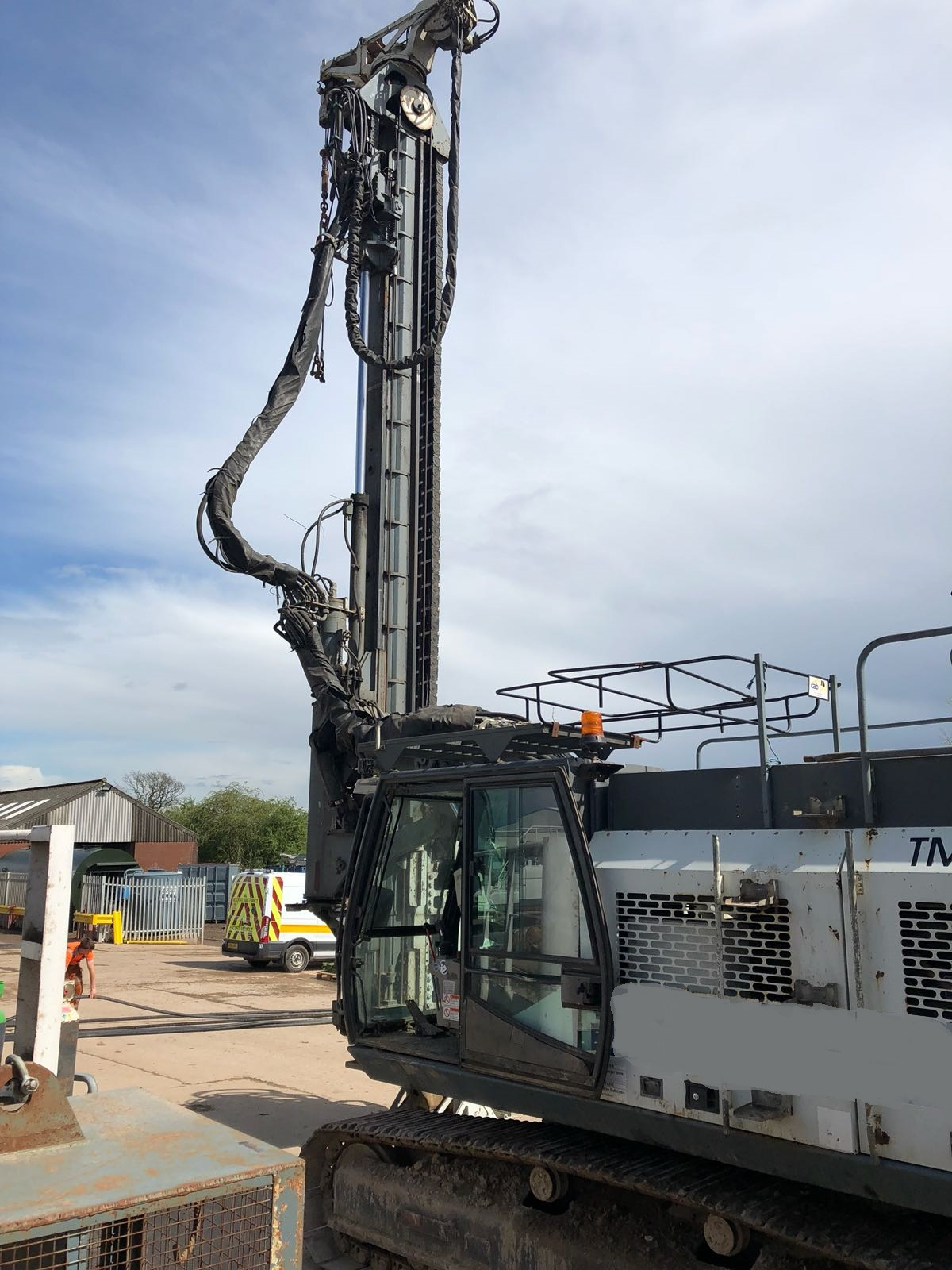 Used ABI TM 13/16 telescopic leader rig for sale
