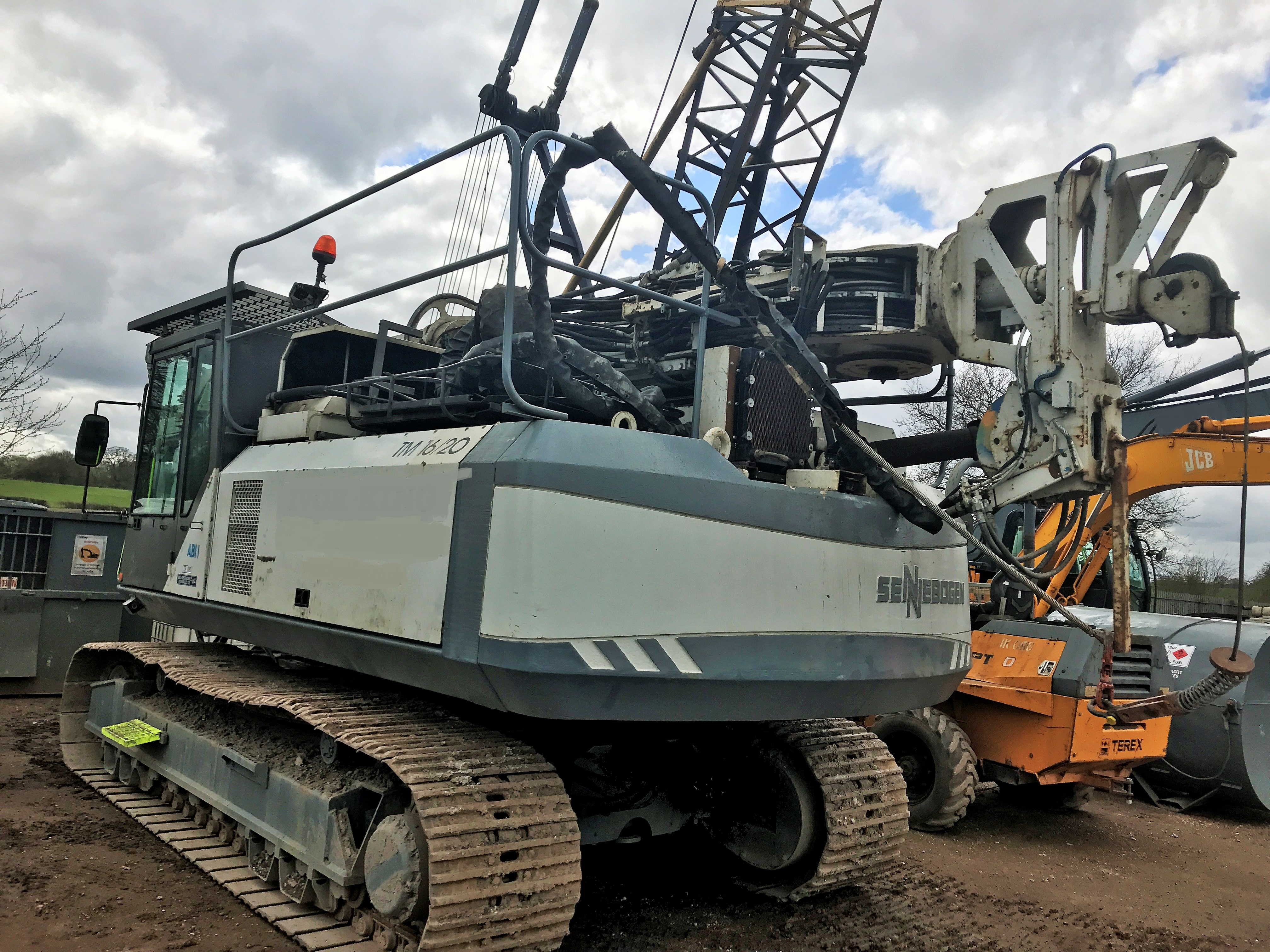 Used ABI TM 16/ 20 telescopic leader rig for sale