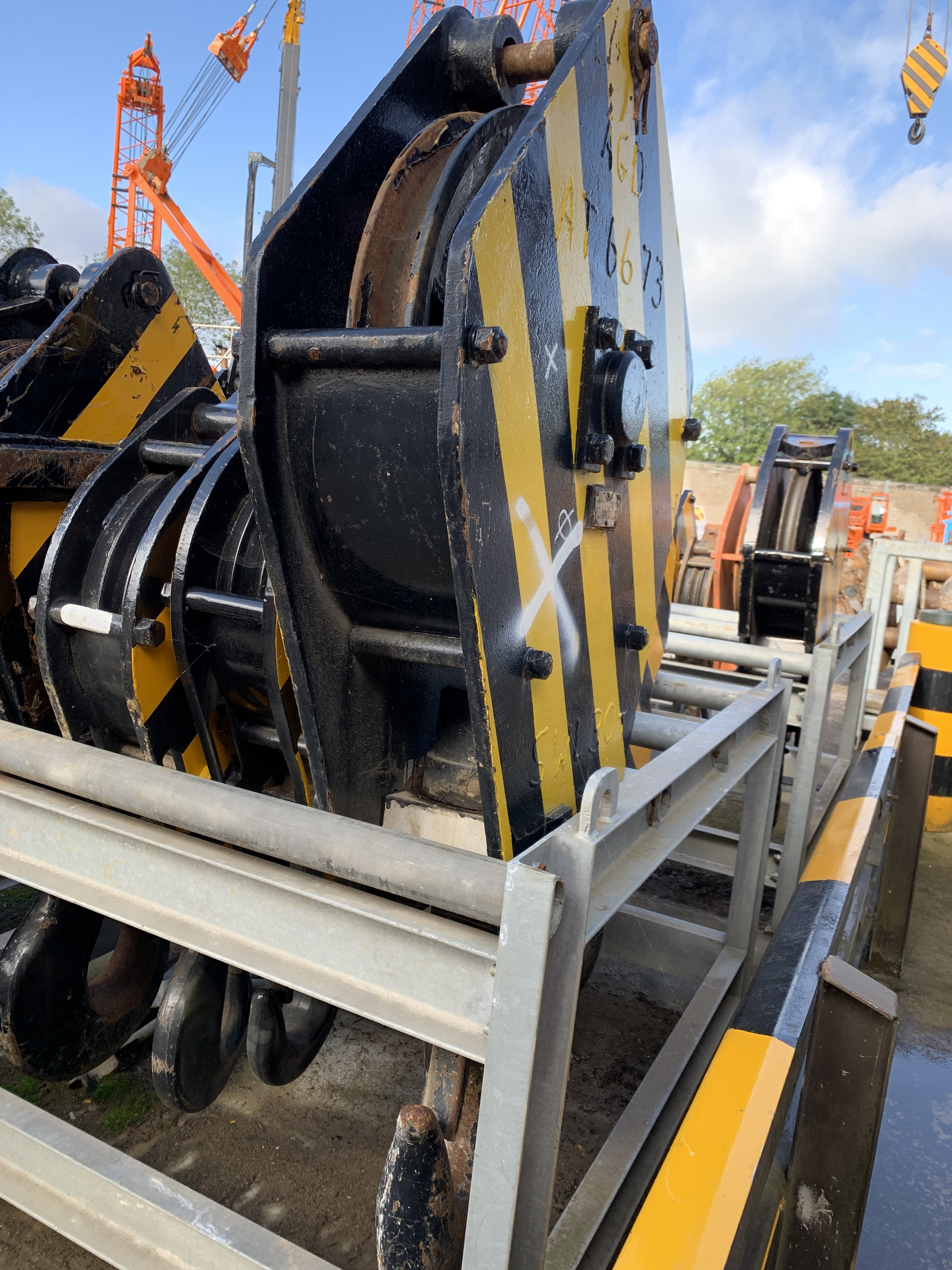 Used 30 tons single sheave hook block for sale