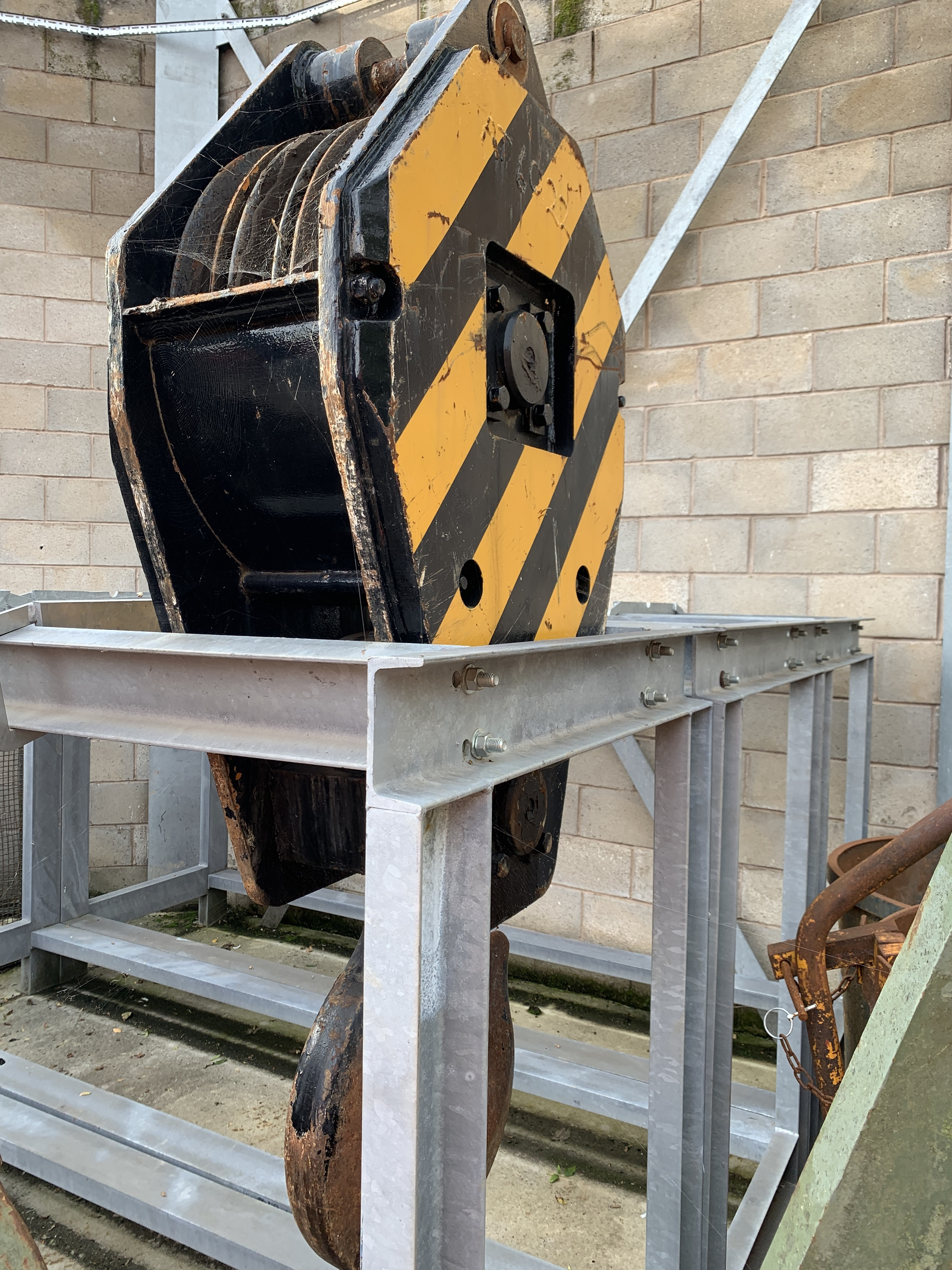 Used 50 tons 3-sheave hook block for sale
