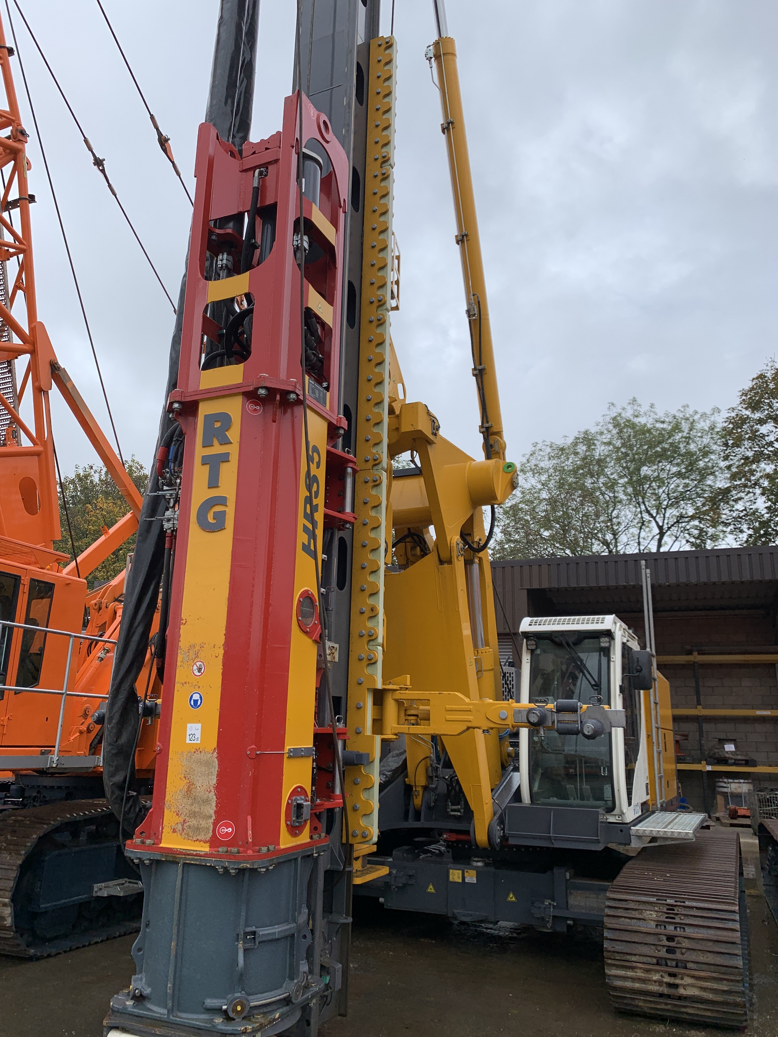 Used RTG RM20 pile driving rig for sale