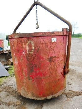 Used crane muck skips for sale or hire