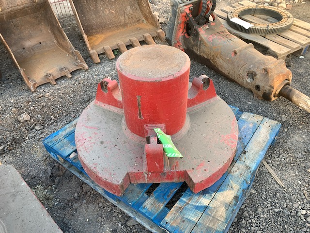 Used Fambo pile cap for sale