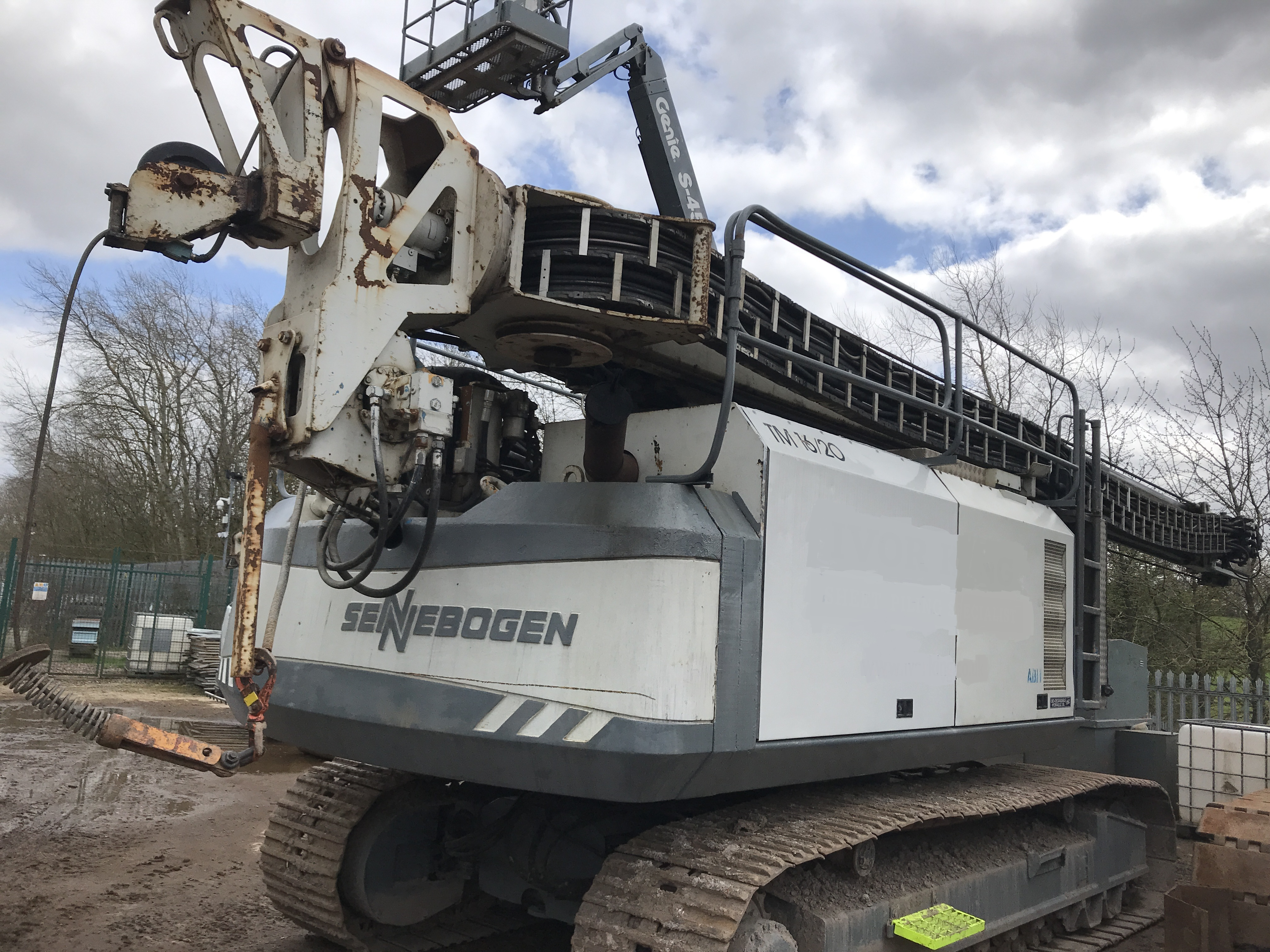 Used ABI TM 16 / 20 telescopic leader rig for sale